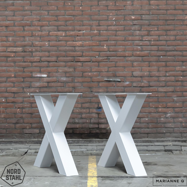 Nordstahl X leg heavy wit 2 stalen tafelpoten