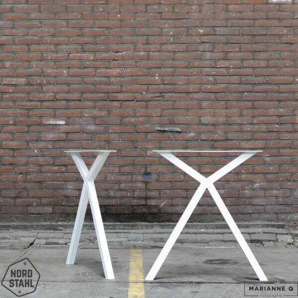 Nordstahl Scissor leg wit stalen tafelpoten