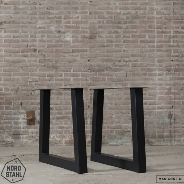 Nordstahl Trapezium leg zwart stalen tafelpoten