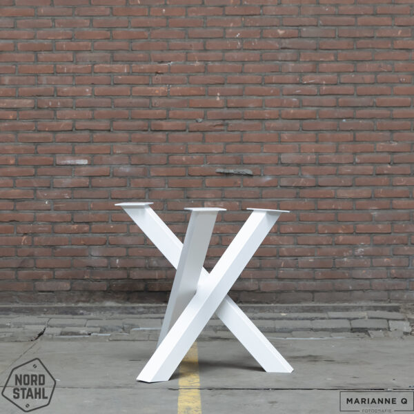 Nordstahl Twist Circle leg wit stalen tafelpoten 2
