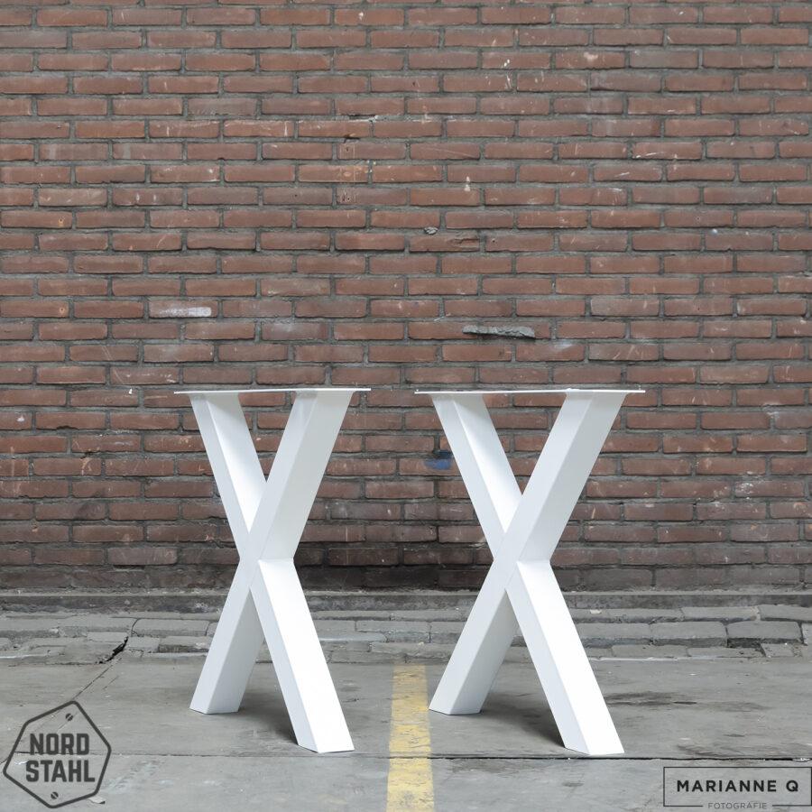 Nordstahl X leg wit 2 stalen tafelpoten
